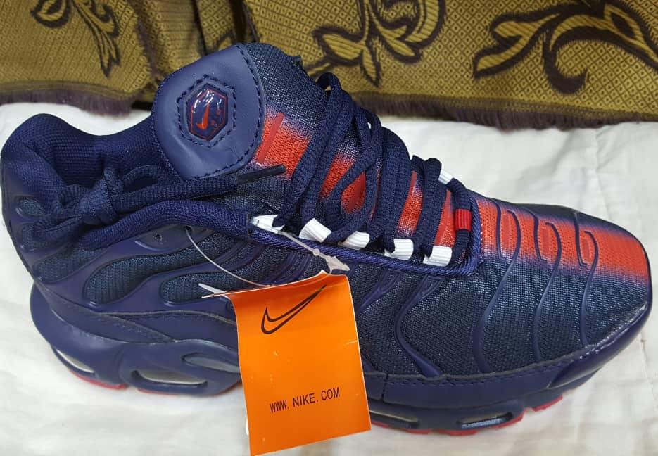 Chaussures à vendre